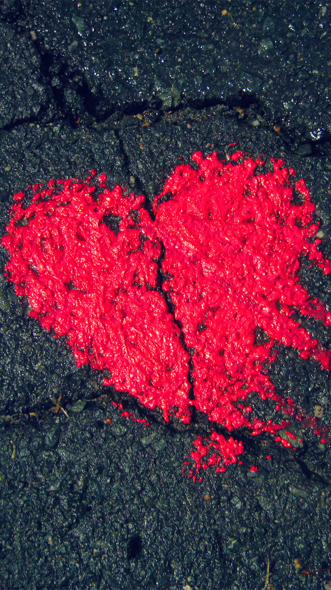 Heart Shape On Asphalt Android wallpaper