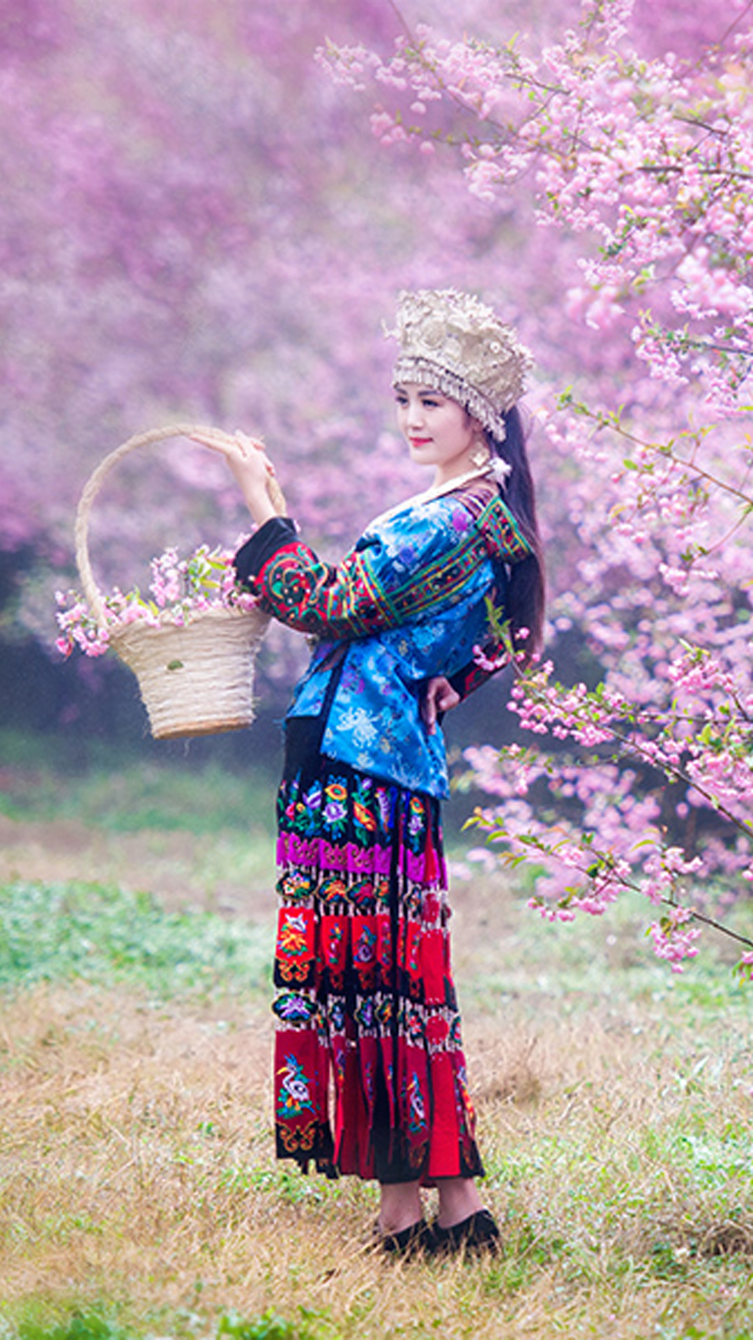Chinese Ethnic Culture girl 1 Android wallpaper