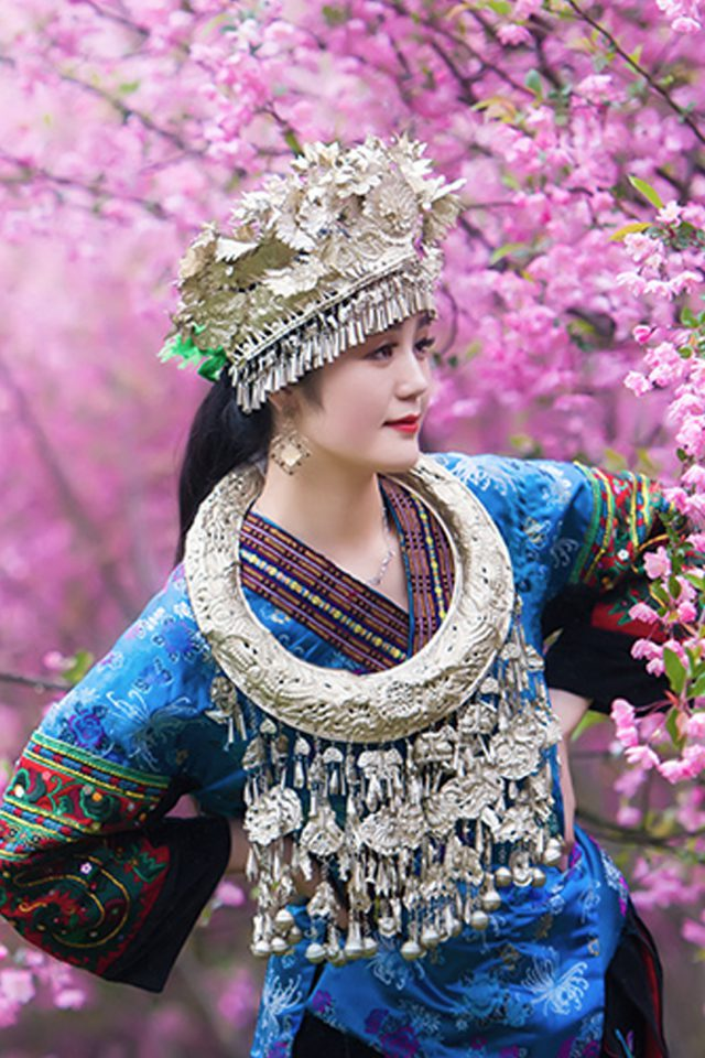 Chinese Ethnic Culture girl Android wallpaper