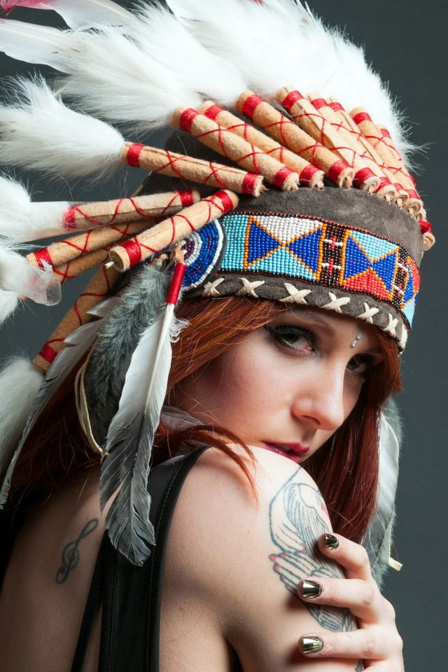 Tribal beauty clothes   Android wallpaper
