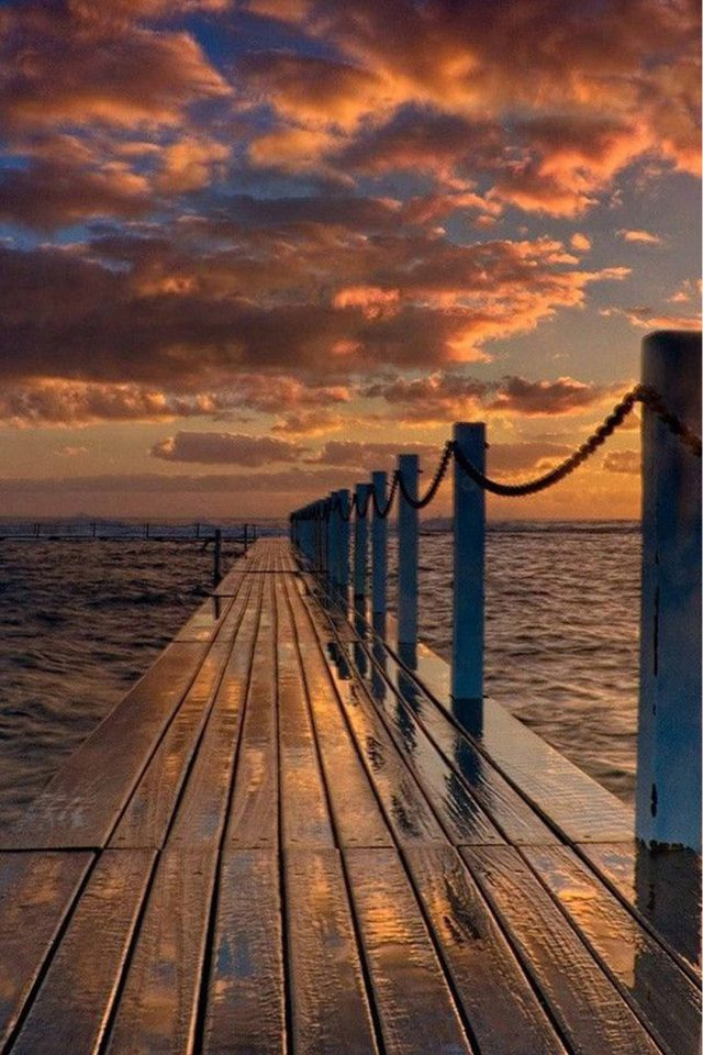 Beach Pier Android wallpaper