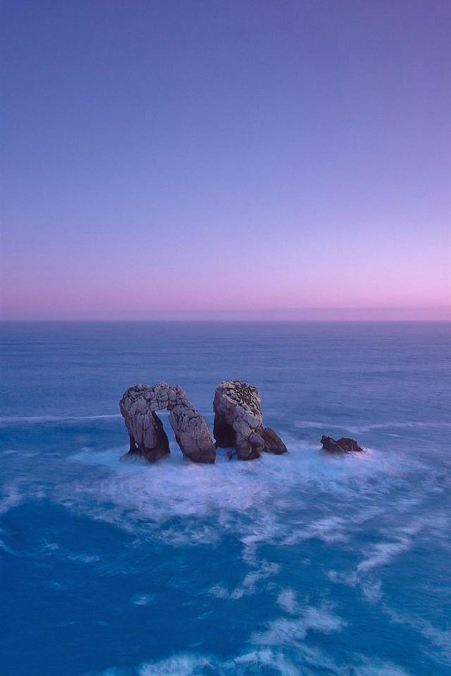 Stones in water beach Android wallpaper