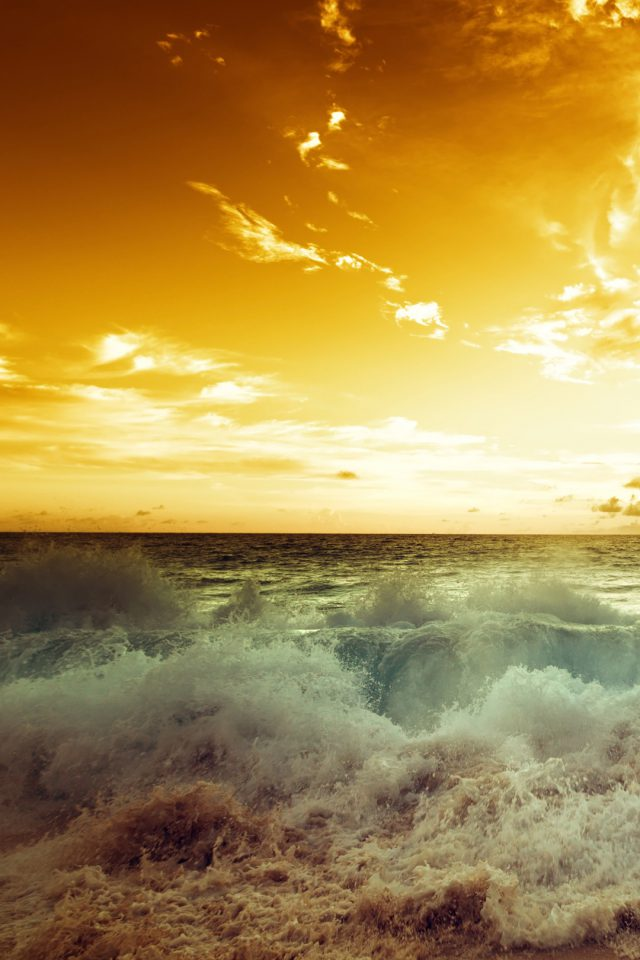 Waves Beach Android wallpaper