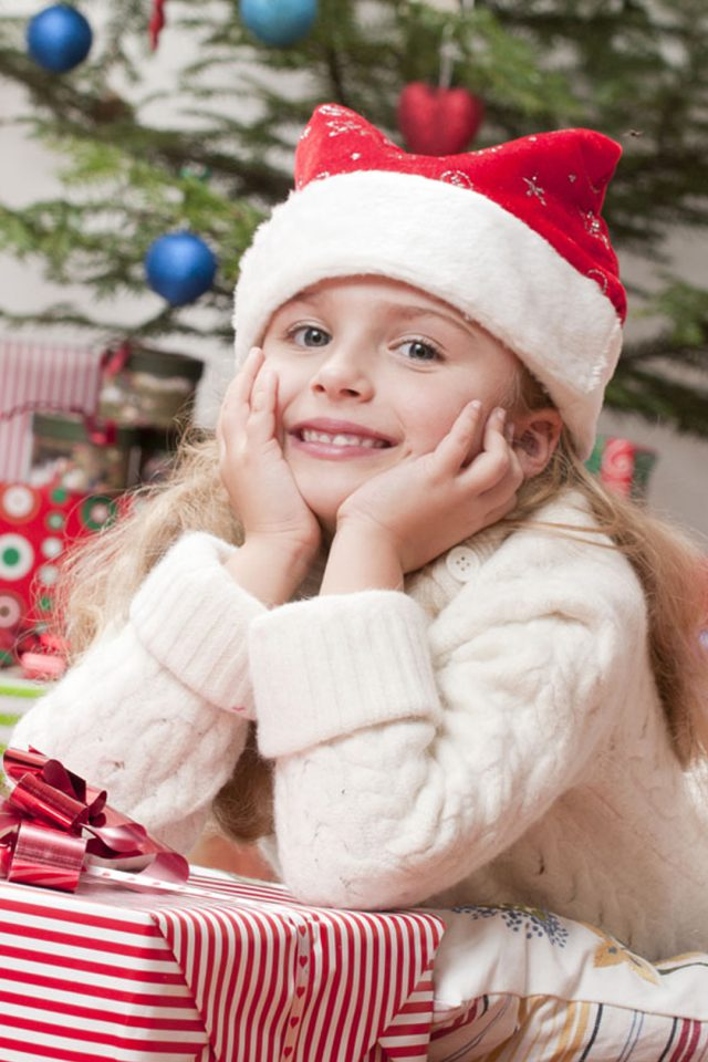 Happy Girl Christmas Android wallpaper