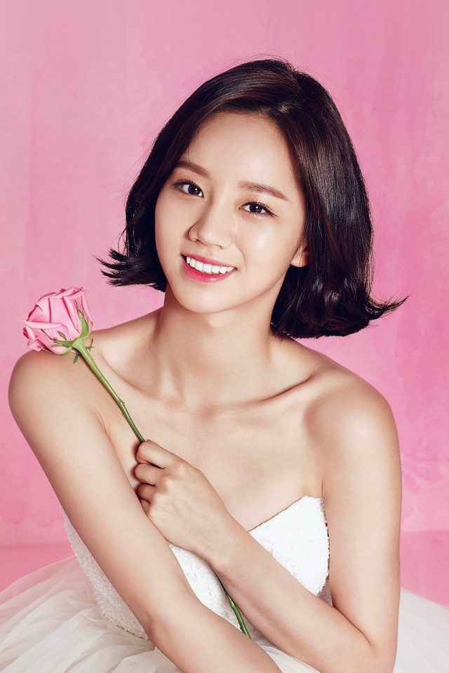 Hyeri Cute Pink Kpop Girl Android wallpaper