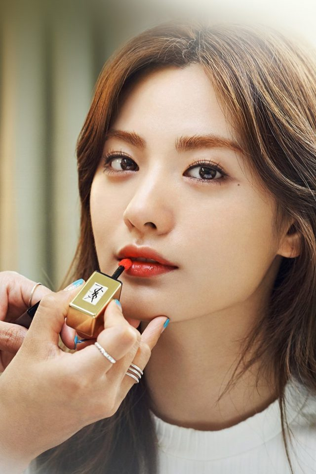 Nana Kpop Girl Lips Red Android wallpaper