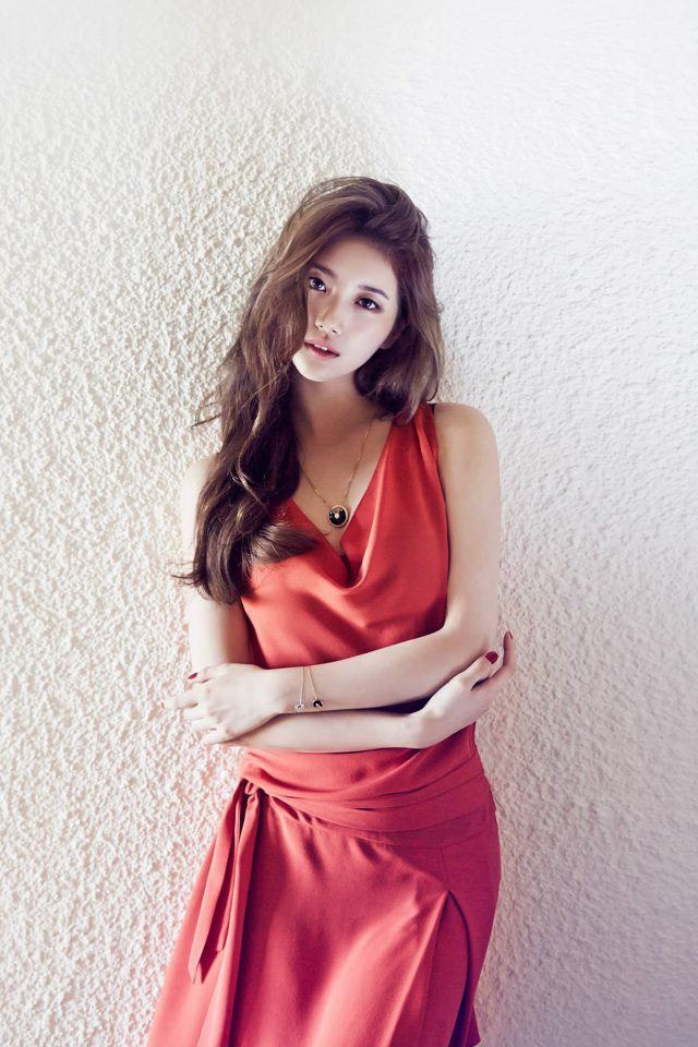 Suzy Missa Kpop Red Dress Android wallpaper