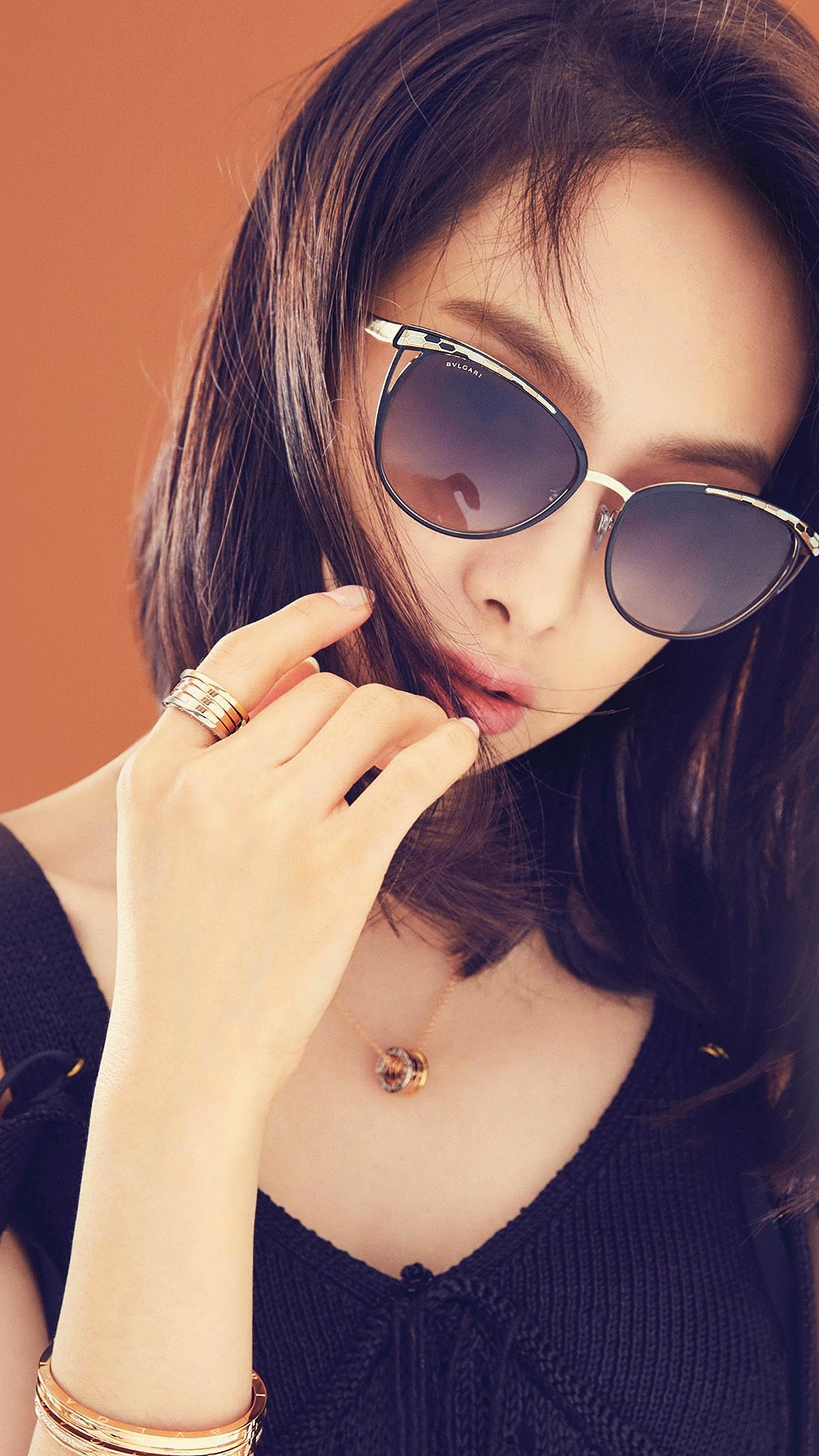Victoria Kpop Girl Sunglass Beauty Android wallpaper