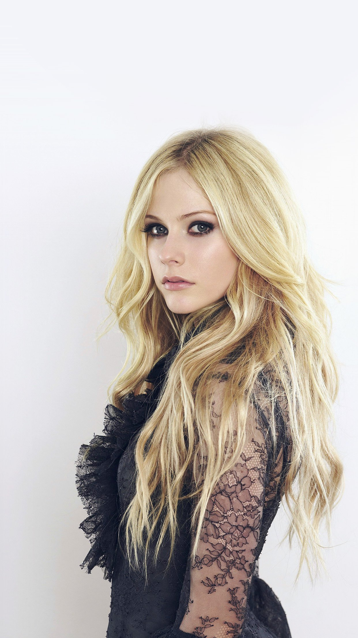 Avril Lavigne Canadian Singer Cute Music Android wallpaper