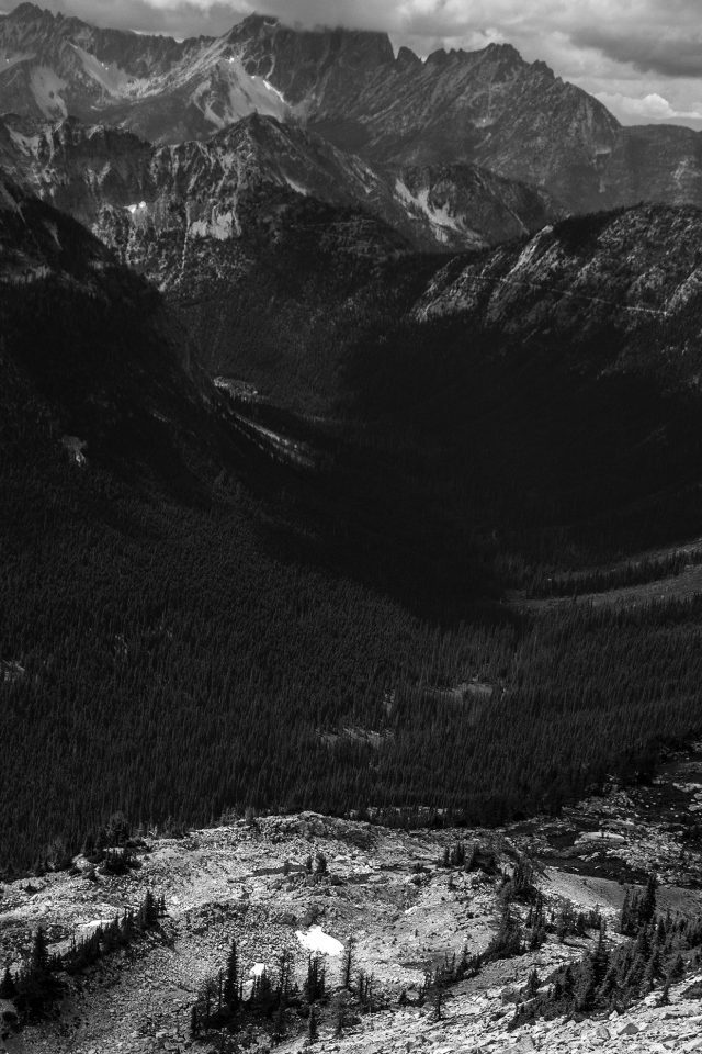 Great Mountain View Dark Bw Nature Android wallpaper