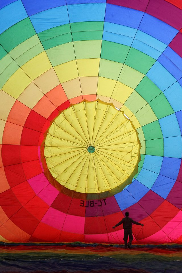 Hot Air Balloon Rainbow Color Nature Android wallpaper