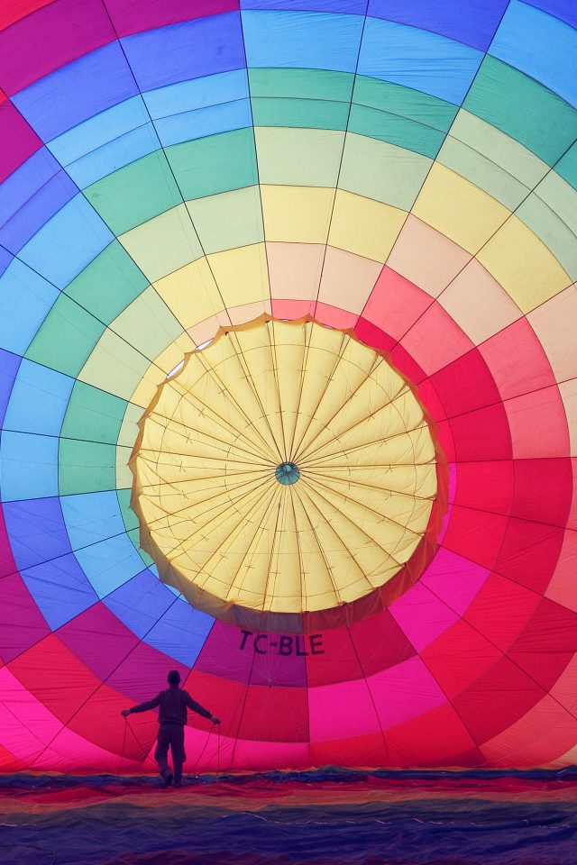 Hot Air Balloon Rainbow Nature Android wallpaper