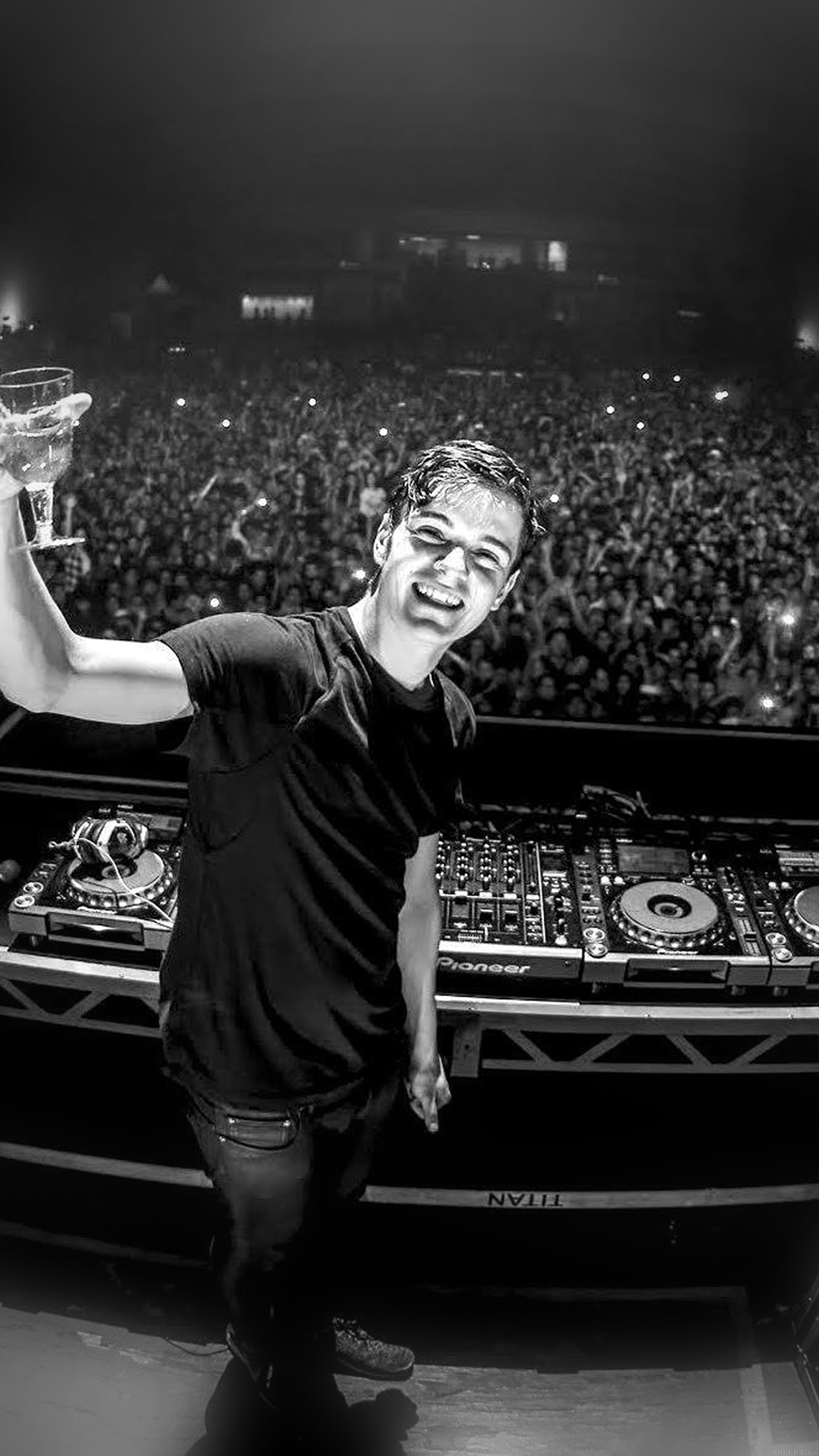 Martin Garrix Dj Celebrity Music Android wallpaper