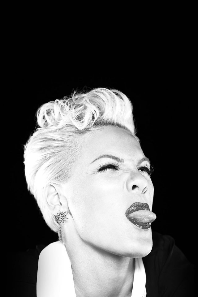 Pink Funny Music Girl Face Android wallpaper