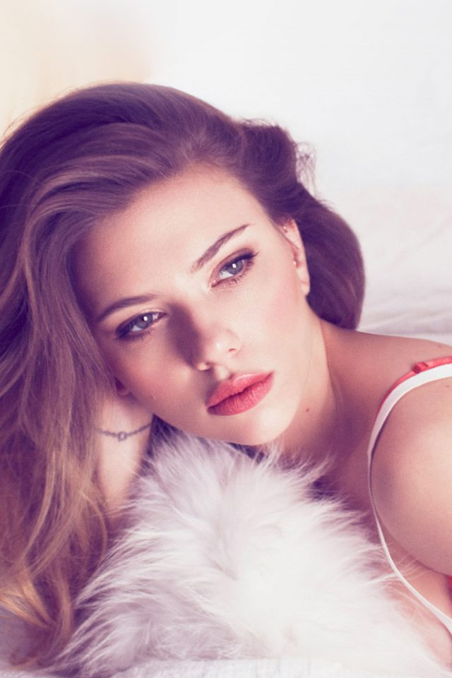 Scarlett Johanson Film Actress Bed Android wallpaper