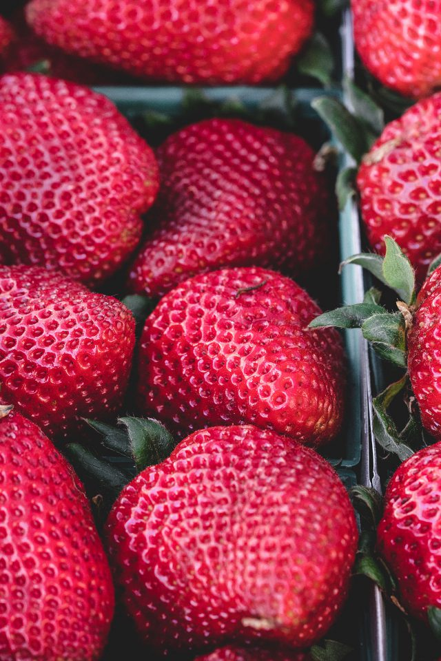 Strawberry Red Fruit Nature Sprin Android wallpaper