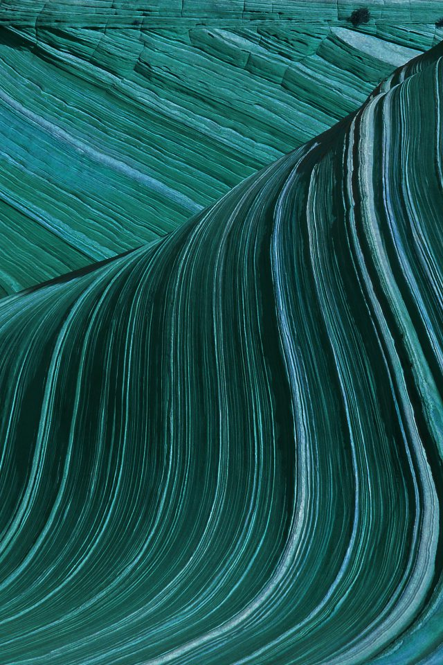 Swirling Patterns Wave Green Mountain Nature Android wallpaper