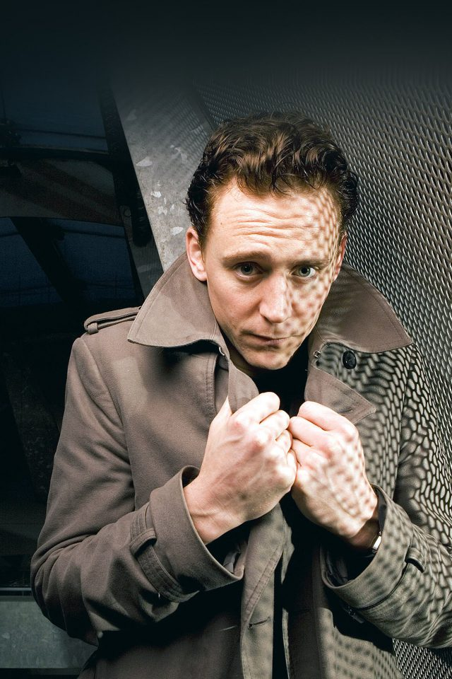 Tom Hiddleston Cold Film Face Android wallpaper