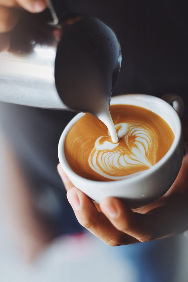 Coffe Barista Art Bokeh Android wallpaper