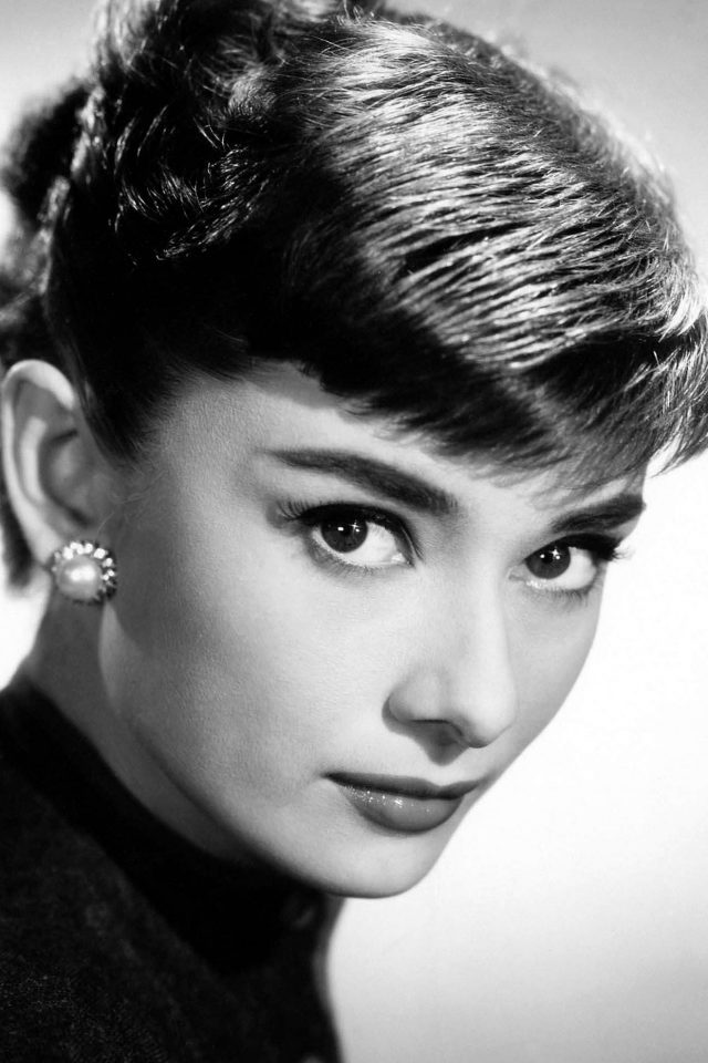 Audrey Hepburn Sexy Classic Celebrity Android wallpaper