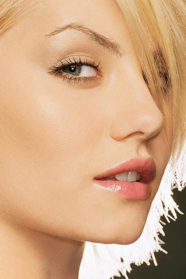 Elisha Cuthbert Blonde Girl Celebrity Android wallpaper