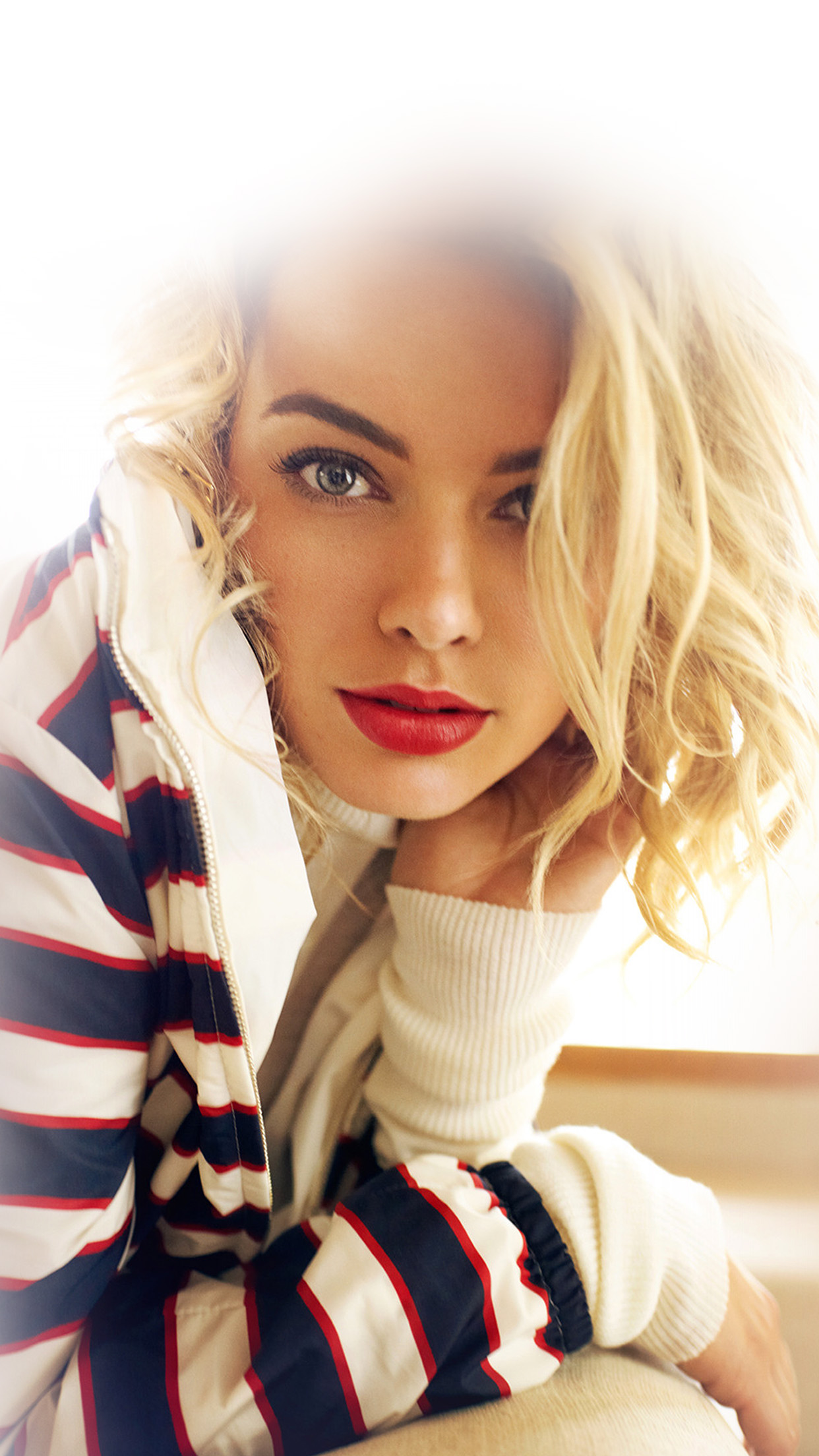 Margot Robbie Smile Celebrity Beauty Android wallpaper