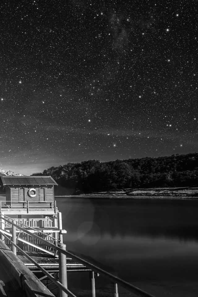 Star Shiny Lake Dark Bw Sky Space Boat Flare Android wallpaper